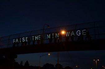 E-Commerce industry minimum wage