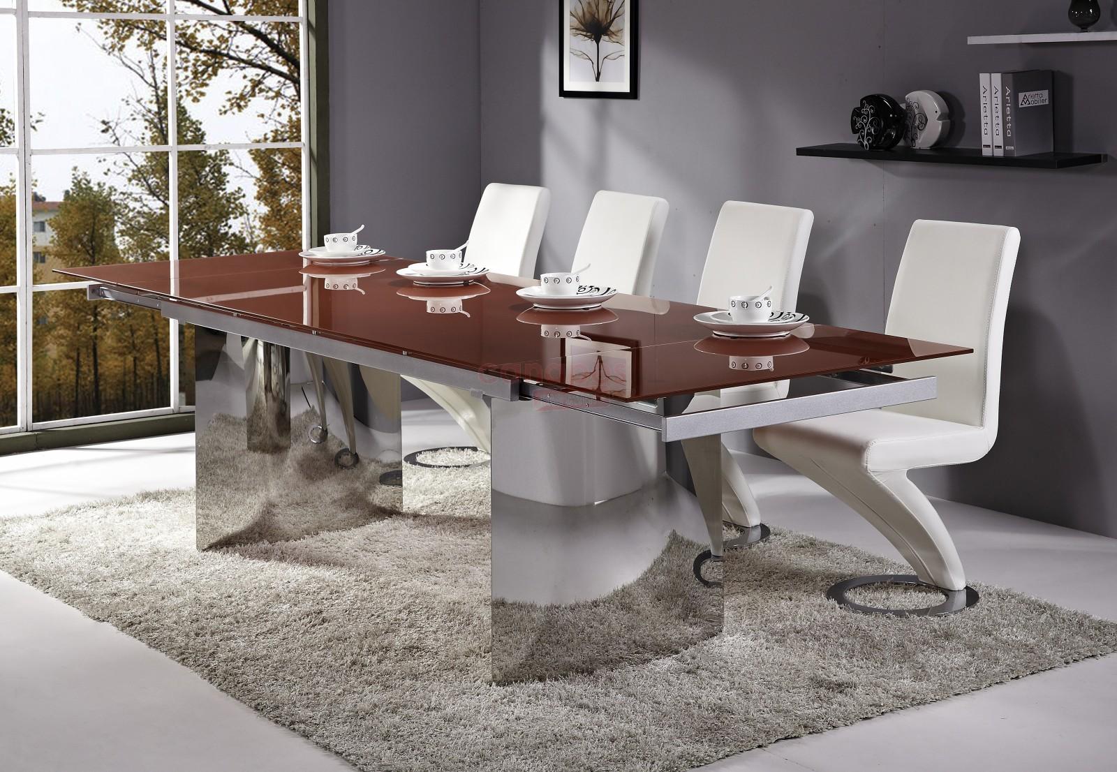 image montrant une table a manger design