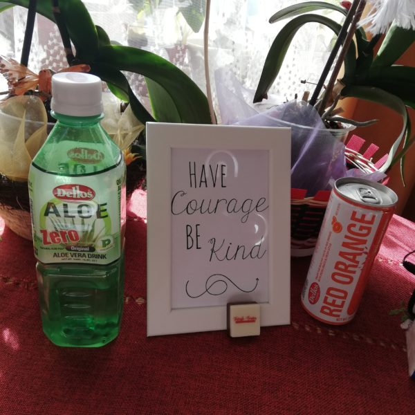 Dellos #goodvibes: Have courage be kind
