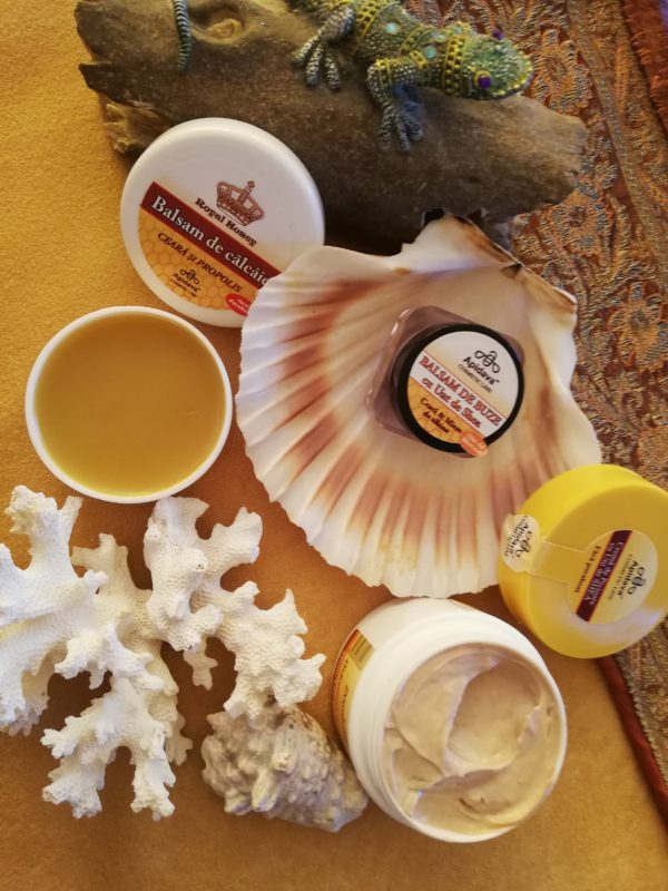 Vara, vacanța și produsele de îngrijire Apidava