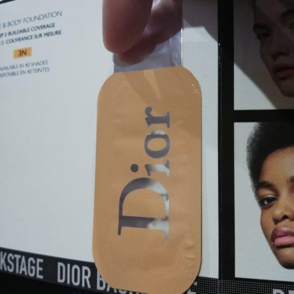 Frumusețe strălucitoare, modernă, sublimă cu Dior