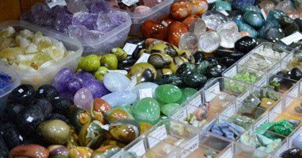 Magazin StoneMania Bijou pietre semipretioase Bucuresti 4 bwzv k0 Povestea bijuteriilor și cristalele potrivite personalității mele