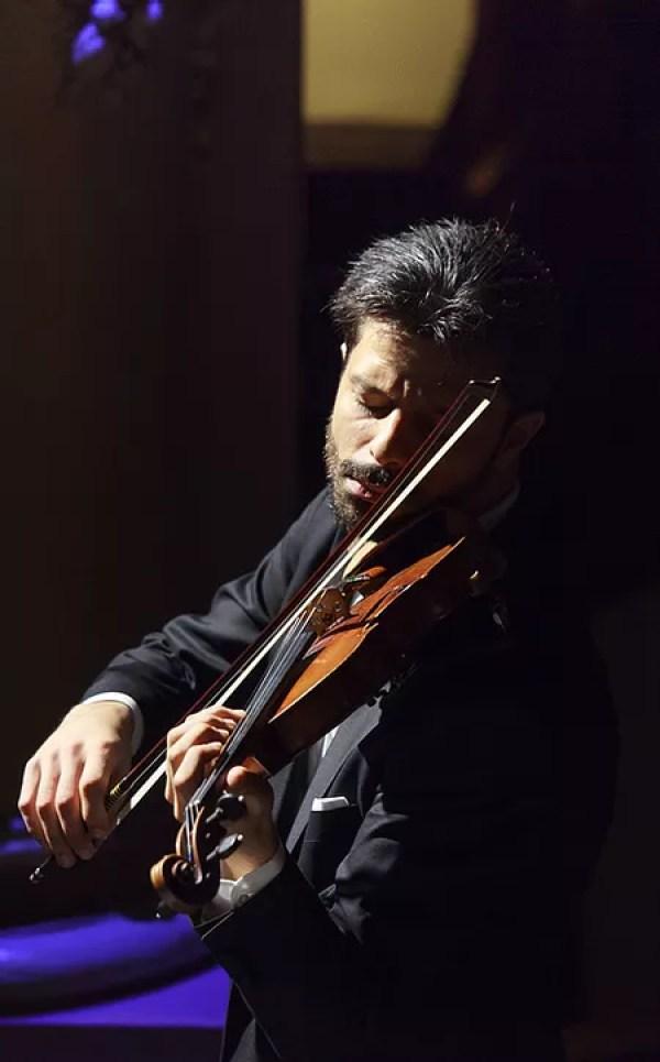 41e37a 7762dc3a90c846ae83c0363e25d8c4a2 mv2 d 2200 1467 s 2 Muzica lui Enescu pe vioara Stradivarius din 1729
