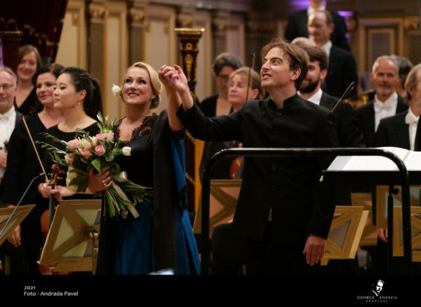 F final - foto din concert