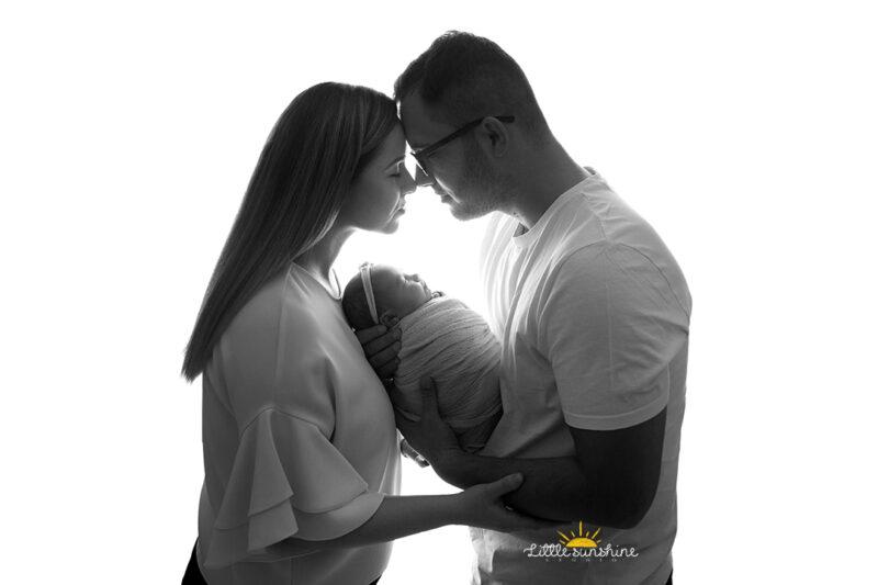 black Ședință foto maternitate - primul album de familie