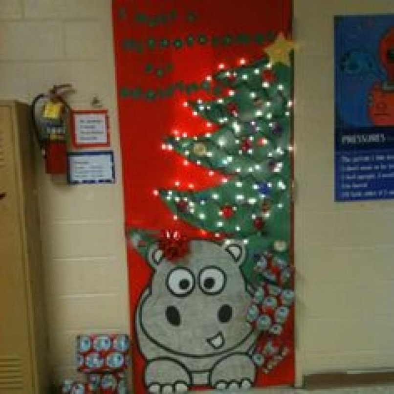 10 amazing funny christmas door decorating contest ideas