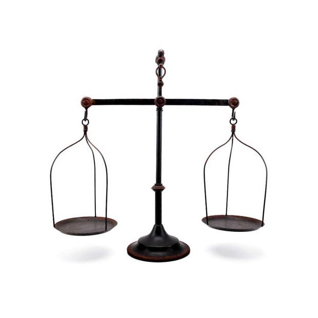tG670kM9oQ_Iron_Balance_Scale0