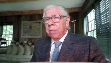 Carl Bernstein: Challenges facing the USPS are a 'national emergency'