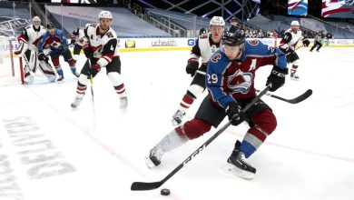 NHL Playoffs Today 2020 - Chicago Blackhawks, Arizona Coyotes looking to dig out of 0-2 holes