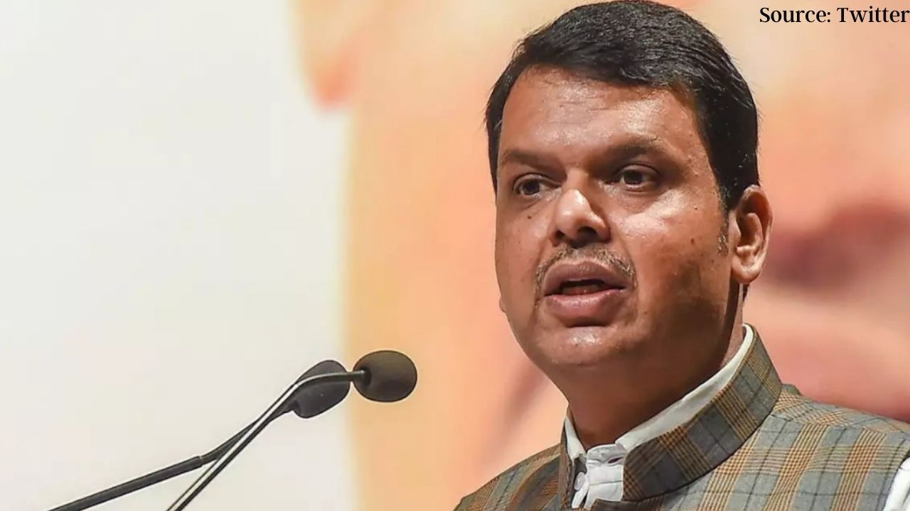 He is a distant relative of mine, I do not know how to get the vaccine - Fadnavis