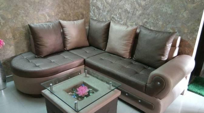 Tanu Ji's L shaped sofa set with centre table