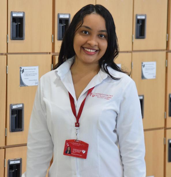 Deyanira Castillo Cervantes – Auxiliar de Procesos Tecnicos