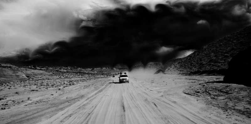 darkness-falls-car