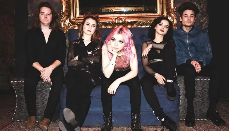 Hey Violet talk about 5 Seconds of Summer as mentors