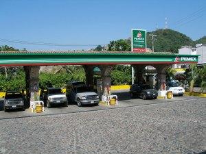 Gasolinera de Pemex, Wikipedia Creative Commons
