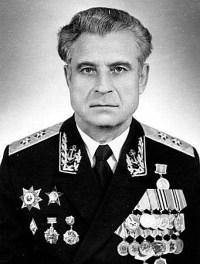 Vasili Arkhipov fotografiado por su esposa. Imagen: Wikipedia.
