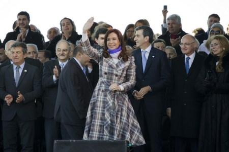 La expresidenta de Argentina, Cristina Fernández de Kirchner, en el acto de conmemoración del Día de la Bandera, junio de 2014 [Foto: Ministerio de Cultura de la Nación Argentina vía Flickr].