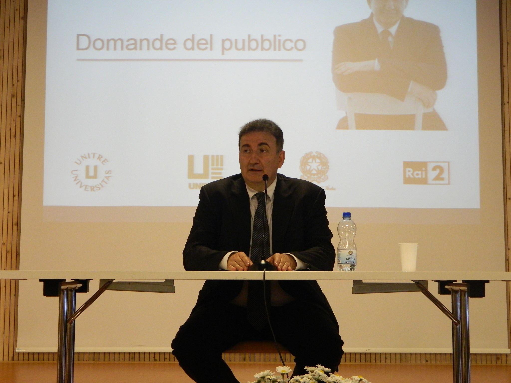 Roberto Giacobbo 1. Maggio 2016  - UNITRE Lucerna