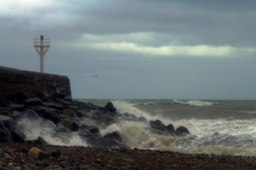Waves hitting Pier Head at Arklow South Beach