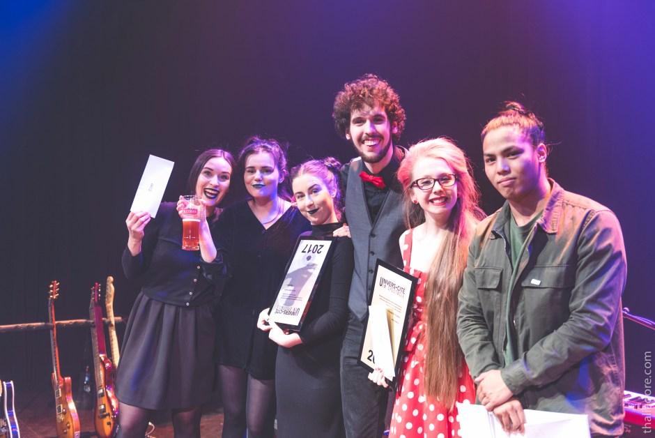Les gagnants : Amande (Rebecca Leclerc, Alexandrine Rodrigue et Joséphine Simard), Rosemary Mc-Comeau et Carl Mayotte, ainsi que Van Hoan Le