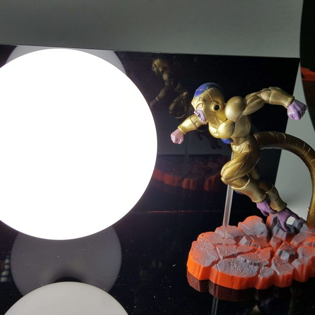 Lampe Dragon Ball Super Goku Vs Golden Freeza