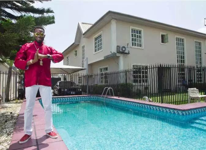 unnamed-11-1 Check Out Interior of Dbanj's Luxury Mansion In Lagos Island