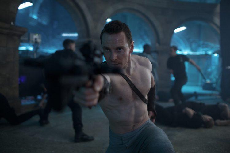 Assassin's Creed: un mare di armi nel nuovo Poster