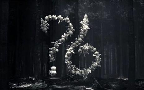 Abbiamo finalmente il primo agghiacciante trailer di American Horror Story: Roanoke