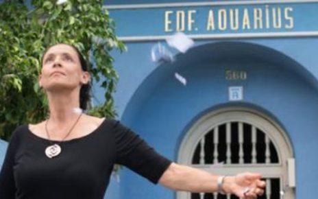 aquarius critica