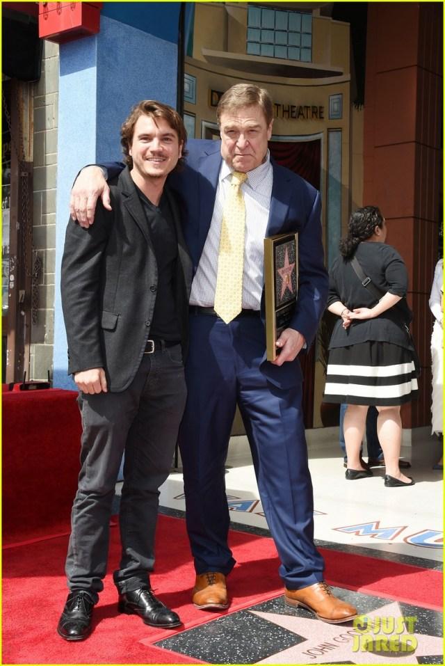 John Goodman ha ricevuto la stella sulla Walk of Fame, alla cerimonia anche Jeff Bridges
