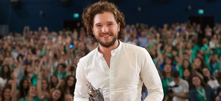 Kit Harington sbarca al Giffoni Film Festival, ma non regala anticipazioni su Game of Thrones