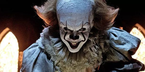 it-pennywise-horror-foto 54229024fcc7