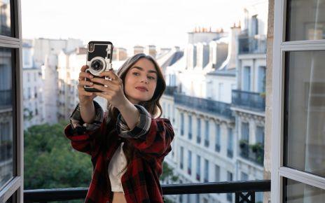 Emily in Paris Netflix Recensione
