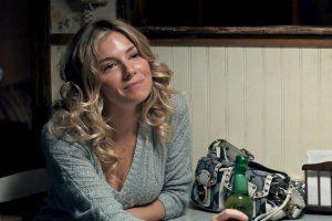 American Woman: recensione del film diretto da Jake Scott