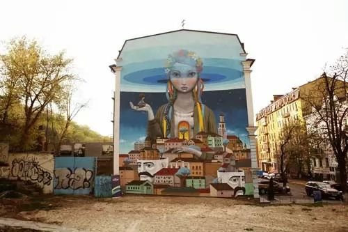 عجائب وغرائب العالم - فنان يحول المباني الى اعمال فنية مذهلة