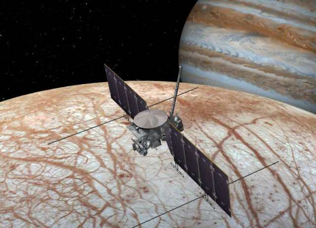 Artist's concept of a Europa Clipper mission. NASA plans to launch this mission in the 2020s. Credit: NASA/JPL