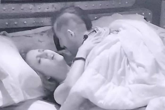 Patrícia e Kaysar transando em sexo no bbb