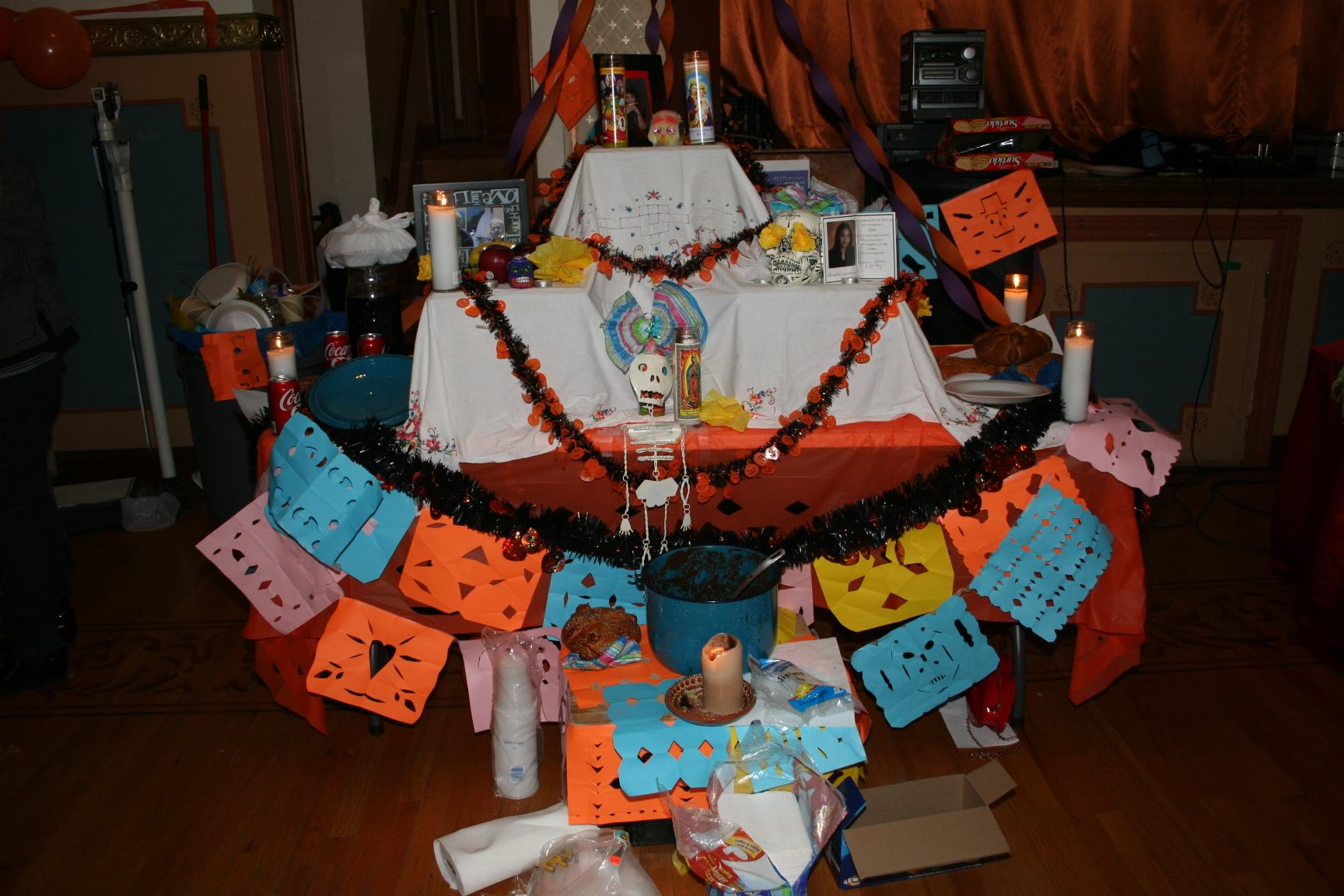 why do we celebrate the day of the dead iexcl escucha listen but after a few years we stopped in this country not many people celebrate the day of the dead the tradition has changed