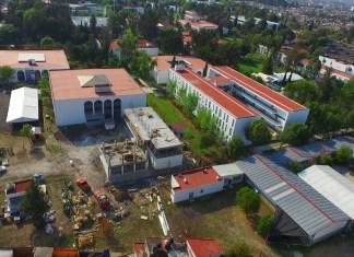 El edificio que albergará el posgrado de la FCCA es supervisado por autoridades universitarias y Marko Cortés