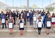 """Entrega de la Presea """"Dr. Ignacio Chávez"""", a los mejores estudiantes de posgrado en la UMSNH"""