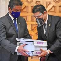 Entrega la UMSNH informe al Congreso; van por los 391 MDP que se le retiraron al presupuesto de la universidad en 2017