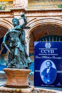 La Facultad de Derecho y Ciencias Sociales de la Universidad Michoacana de San Nicolás de Hidalgo, fue la sede de la ceremonia ciívica.
