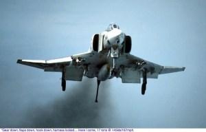 Phantom II vs Harrier AV-8A (y IV)