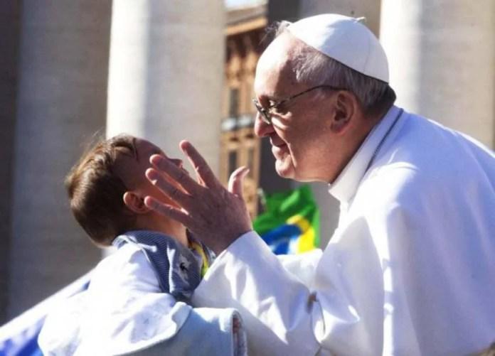 Un bambino e il papa 12