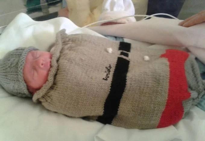 bambini prematuri vestito grigio