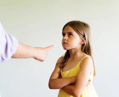 Genitori e figli: cosa non fare mai ai bambini
