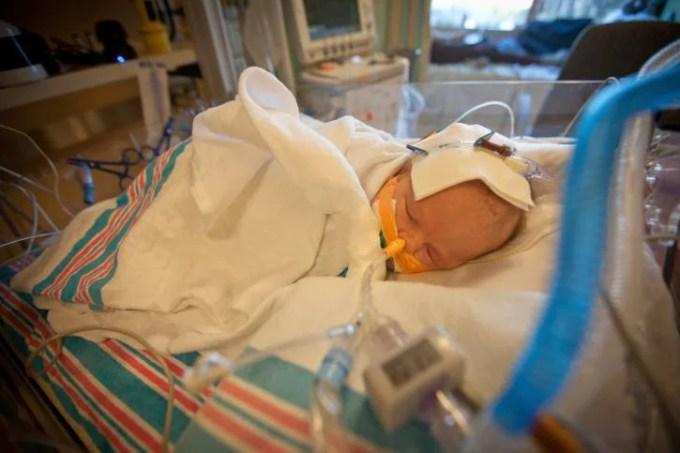 neonata abbandonata alla nascita