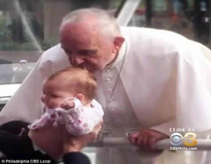 bacio del papa