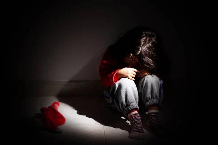 Abusi sessuali: 5 regole per insegnare ai nostri figli a proteggersi (FOTO)
