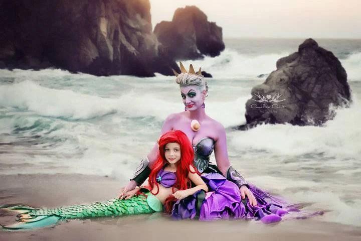Una mamma e sua figlia di 7 anni interpretano le fiabe Disney: 15 immagini